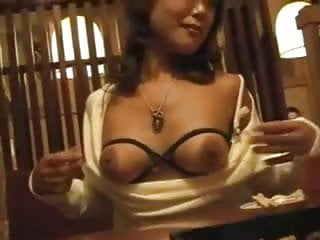 Bitches flashing their Goods in Resturants <c>Compilation<d>