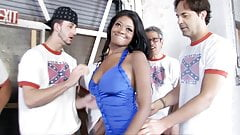Ebony Jenna Brooks Enjoys Gangbang With White Dicks