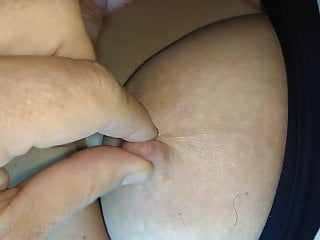 play with unaware wifes nipples