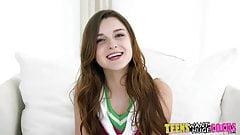 Tiny tantalizing teen loves a big dick's Thumb