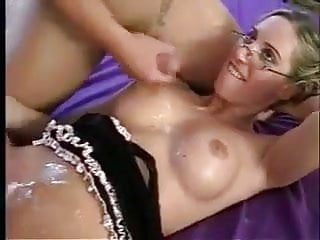 Download video bokep bisexuals trio fuckfest Mp4 terbaru