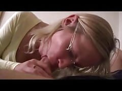 Hot Mom in Bedroom Fucked By Young Boy-