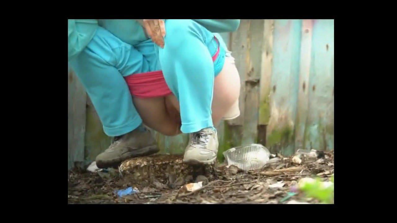 Voyeur cam outdoor pee video, beautiful latina teen ass tania