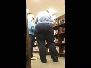 Huge Ass Milf Pawg