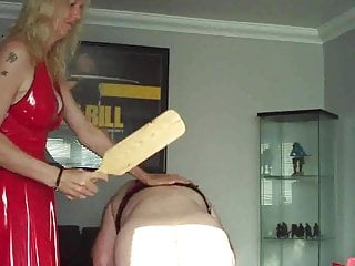 Download video bokep Mistress beats her slave Mp4 terbaru