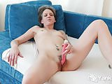 Yanks Micah Reed Cums with her Rabbit Vibe