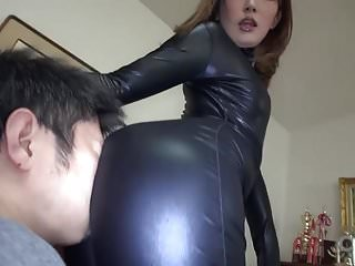 Download video bokep Subtitled Japanese AV star Ai Mizushima full body worship Mp4 terbaru