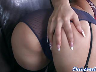 Threesome loving euro gets double penetrated