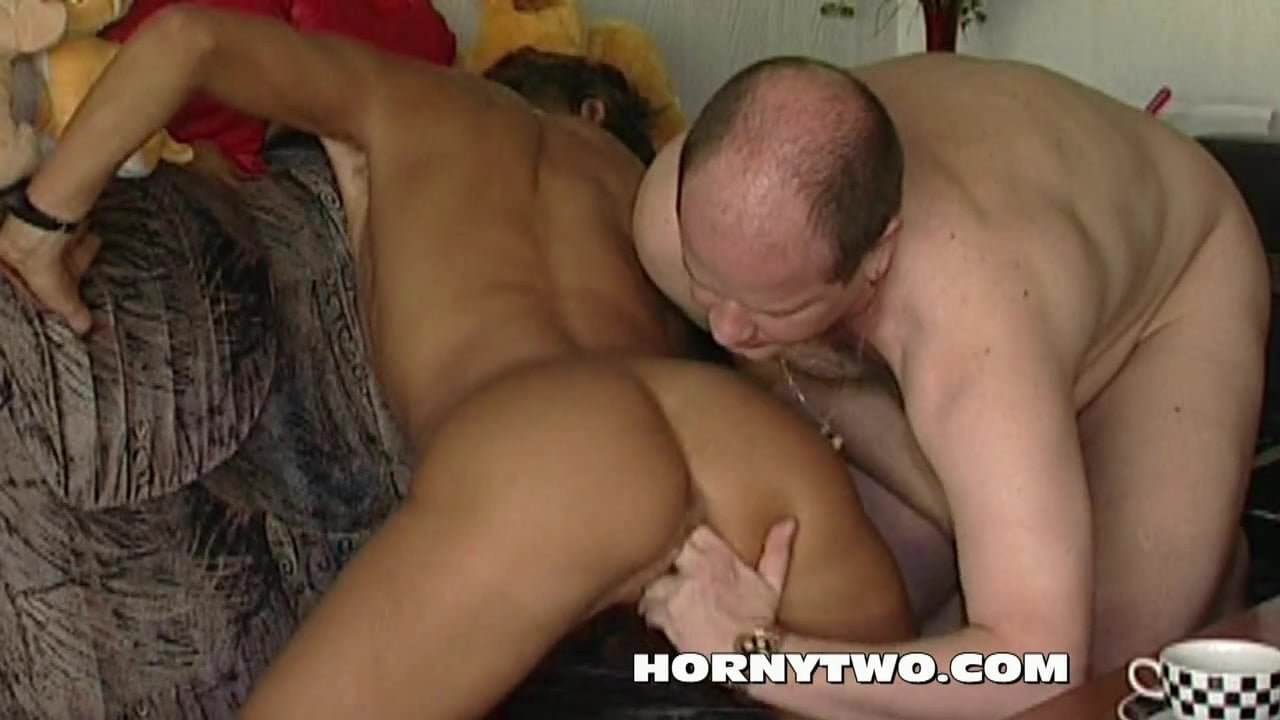 sexy slim & skinny wet mature pussy sucking cock for fun