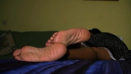 Asian lady thick, wrinkled soles