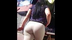 Latina muy culona Milf Huge Booty Leggings