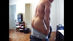 Muscle stud on cam