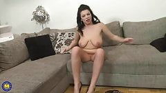 MILF with big natural tits need a good sex