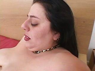 Skinny lesban slut fucking chubby girl