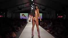 Shake Her Ass on the Catwalk