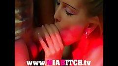Mia Bitch - geile Discoschlampe gefickt