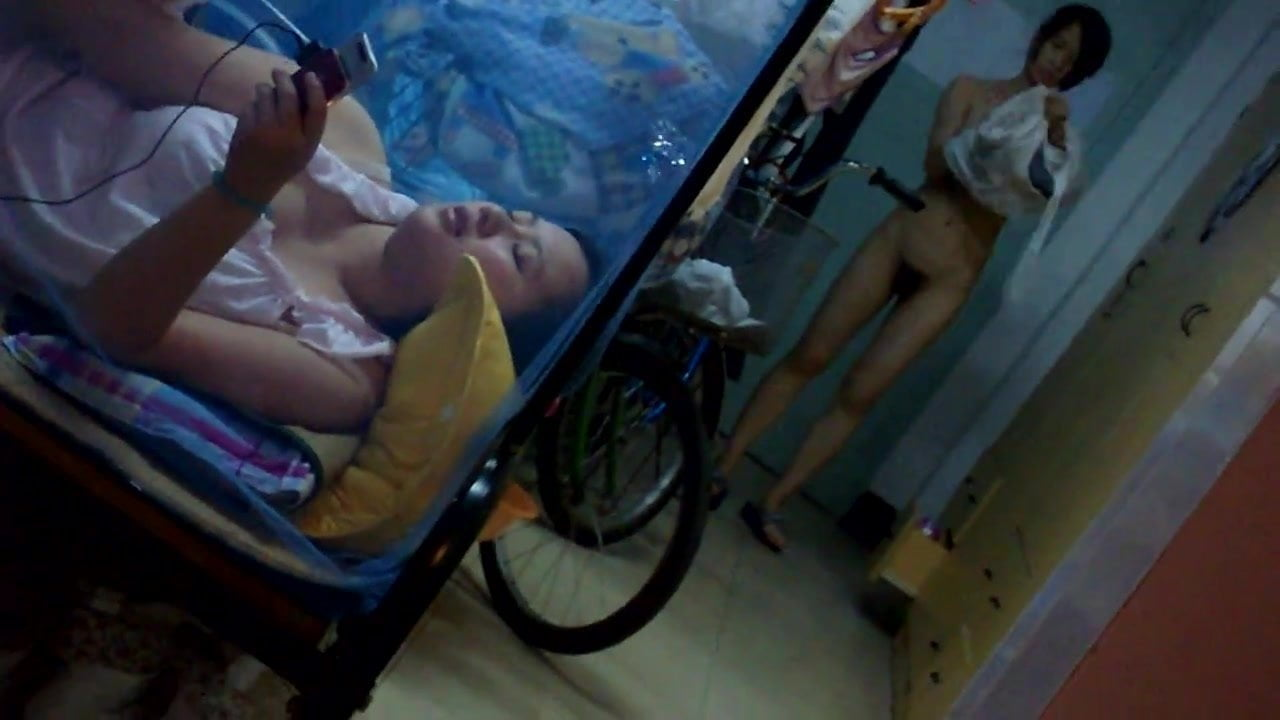 китаянки в шоке извращенцы скрытая камера видео точка