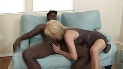 blondie loves black#2