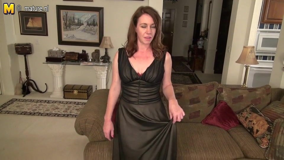 Amature cheating wife porn kelly molnar