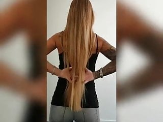 Dutch girl shows her ass and long hair