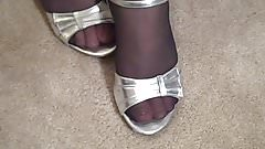 Thick Pantyhose Milf In Heels Strumpfhose