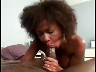 HoT Black Power Mature gets Hard Cock in Hairy pussy