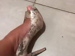 snack013..me, Marcela take off my High Heels