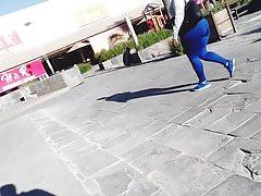 Mifl en leggins azules espetacular culazo