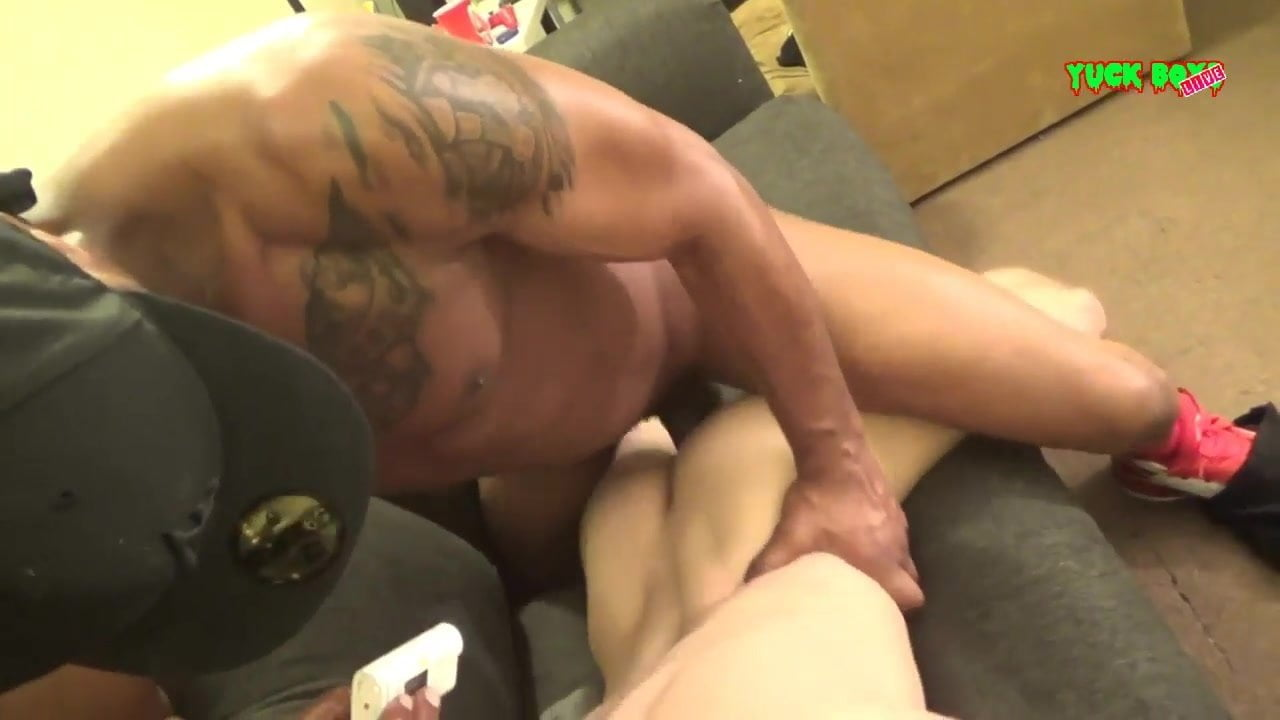 Big ass wife fucked video