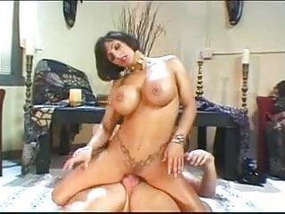 Big MILF Titties 27