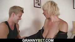 He doggy-fucked hot blonde mommy