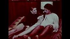 Hot Vintage loving Lesbians's Thumb