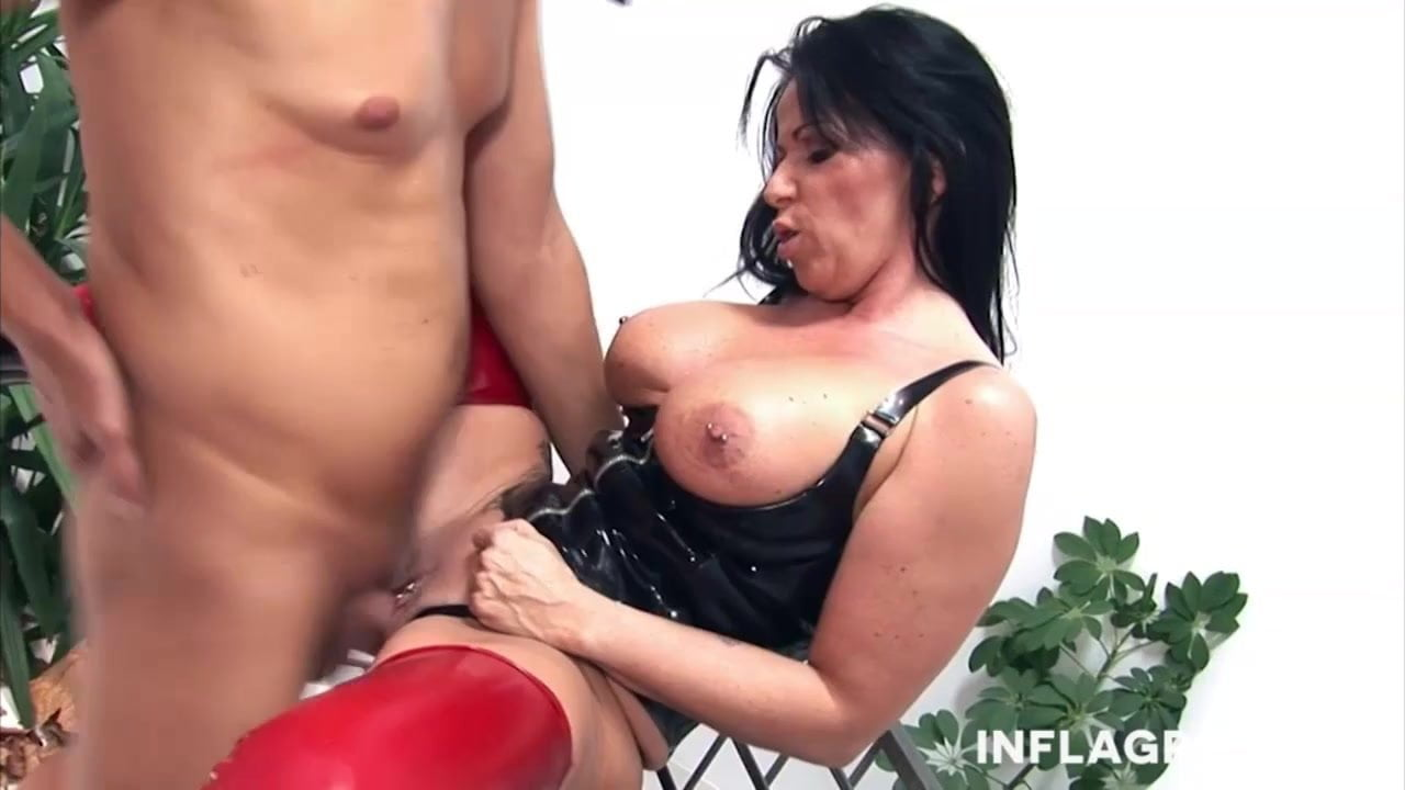 German Milf is in control