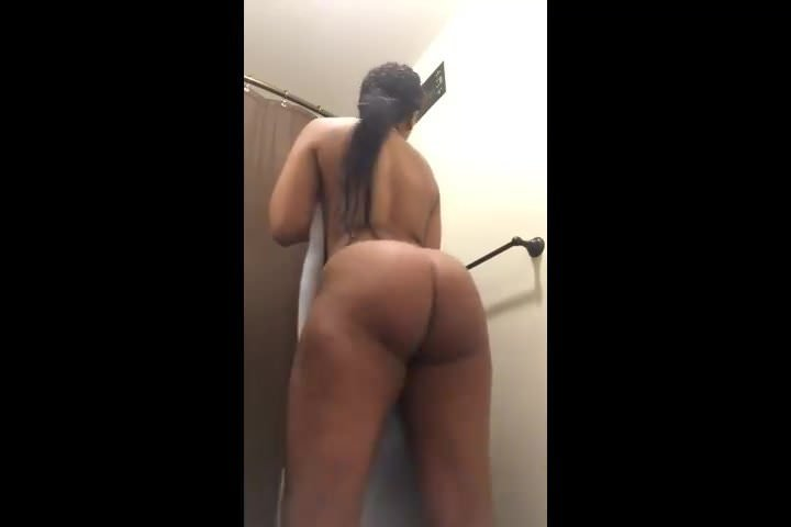 big booty twerking naked amateur girls