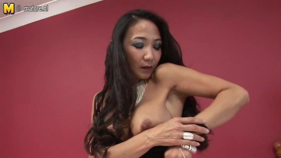 Skinny pussy porn pic