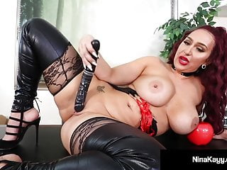 Plump Rump Hottie Nina Kayy Abuses All Her Small Dick Fans
