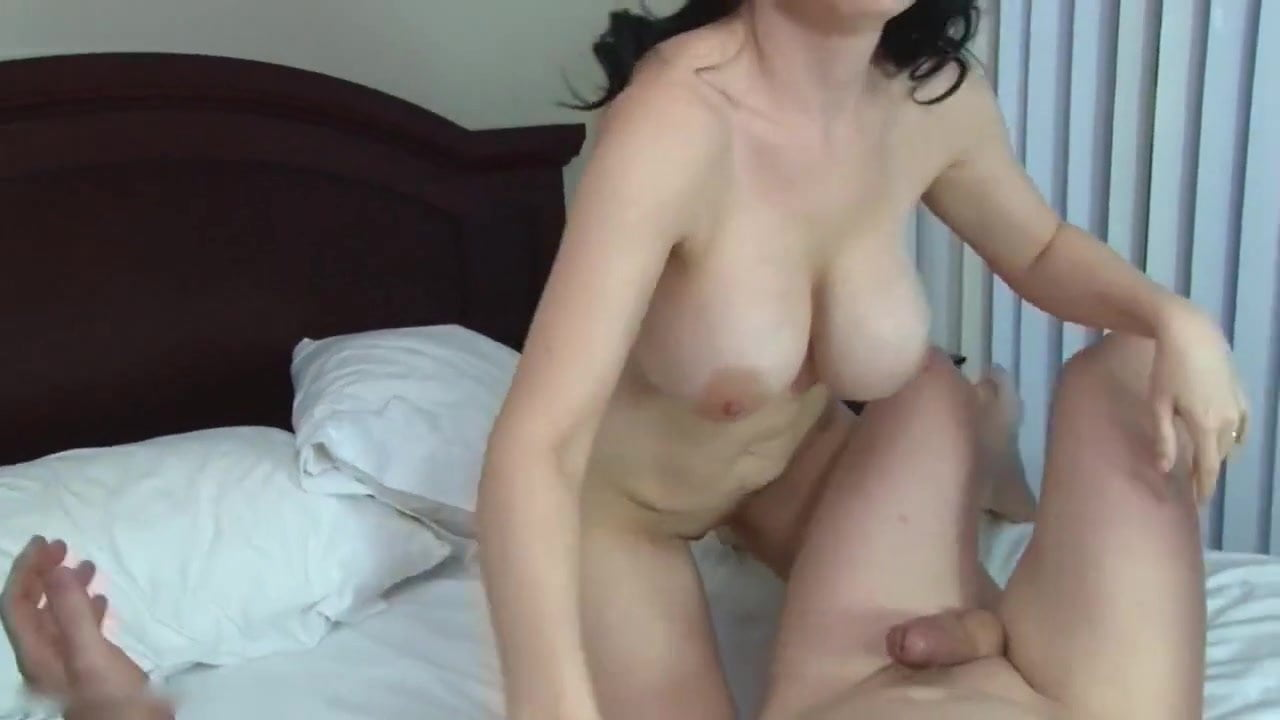 Cougar With Big Fake Tits Fuck Her Toy Boy Free Hd Porn 53-1802