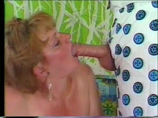 cock-mrs-robinson-blowjob-pic-milfs-college