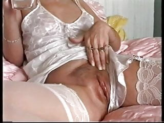UK amateur slut wife