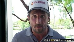 Brazzers - Baby Got Boobs - Kandace Kayne and Tommy Gunn - O