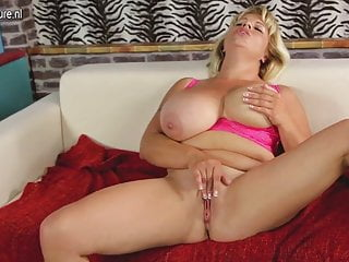 Big breasted mother Flavia is getting wet
