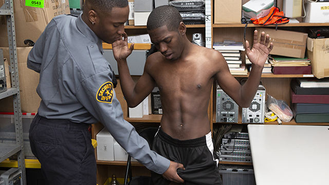 YoungPerps – Muscular Black Safety Officer Fucks