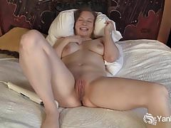 Yanks Hottie Lili Sparks And Her Hitachi