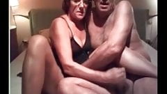 Older amateur couple home vide