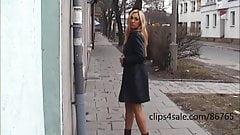 Viktoria backstage - flashing photoshot in the street's Thumb