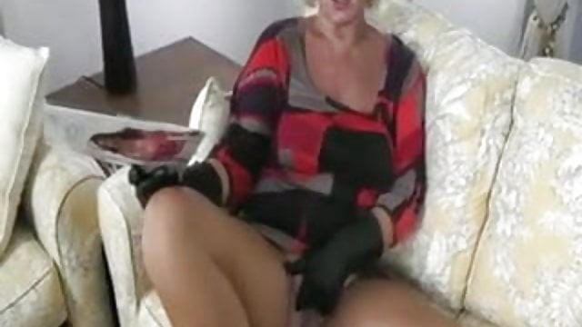 granny-hotsexyolder-girls-babes