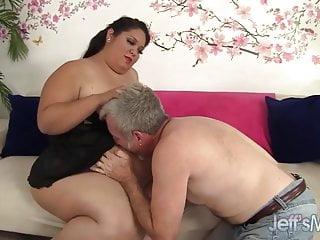 Fatty Latina Lorelai Givemore takes a fat dick