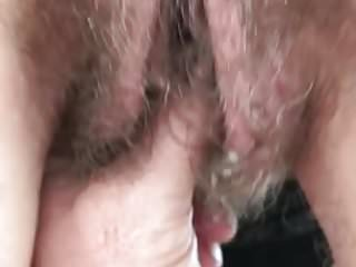 big lips hairy fingering 2