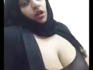 Desi paki Bhabhi fat ass hole thighs Big boobs muslim hijab