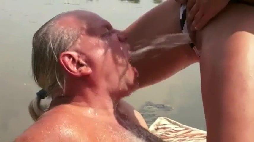 swingerclub rostock erotische massage dresden